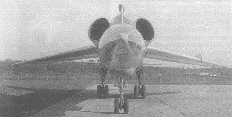 """Самолет """"98"""" на заводских испытаниях"""